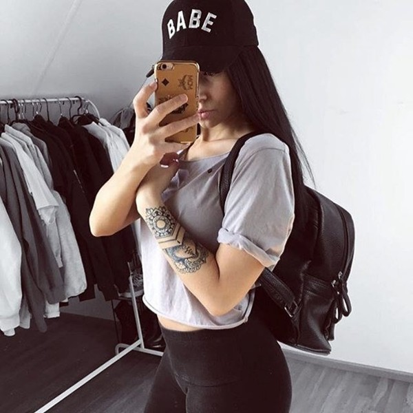 BABE CURVED CAP BLACK