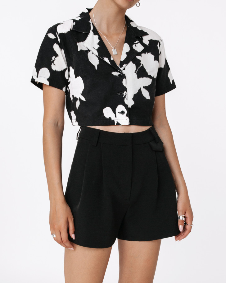 LUXE SHORTS BLACK WOMEN