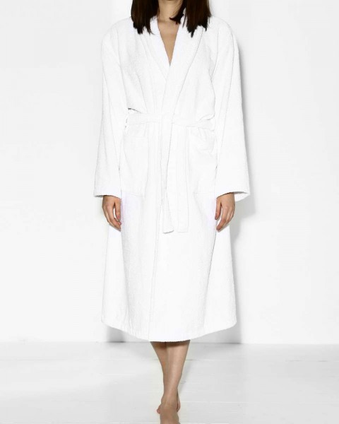 THIS GIRL LOVES SLEEP BATHROBE WHITE