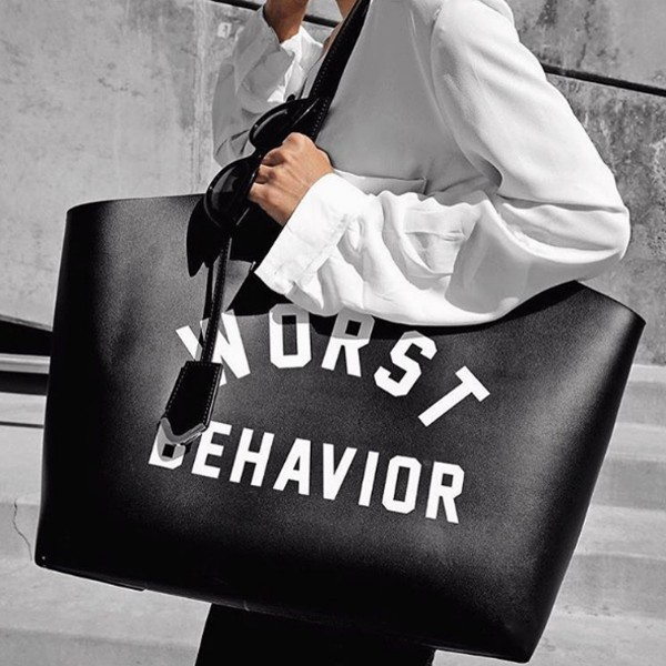 FAMOUS SHOPPER BLACK