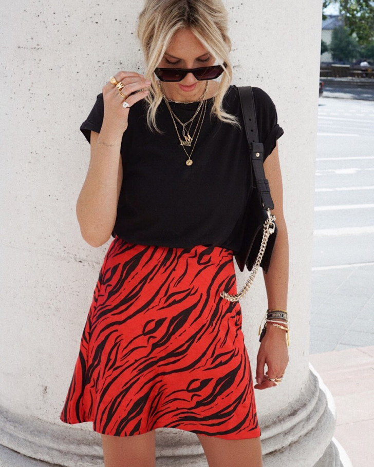 AMY SKIRT TIGER SHORT RED